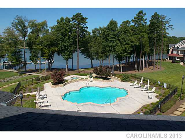 2177156 Lake Norman Waterfront Condos