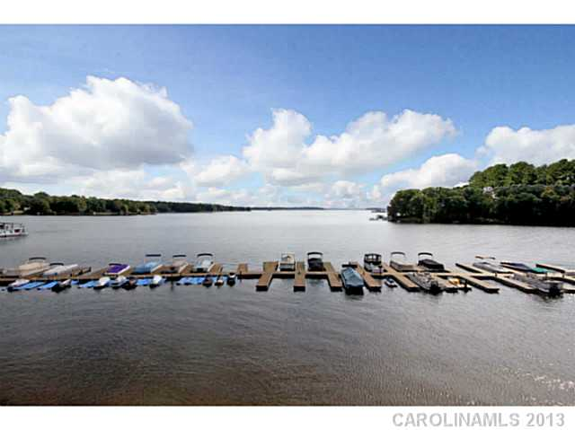 2187867 Lake Norman Waterfront Condos