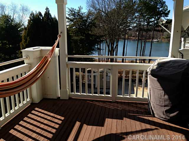 2203999 Lake Norman Waterfront Condos