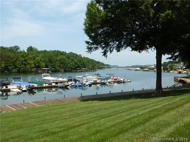 3014953 Lake Norman Waterfront Condos