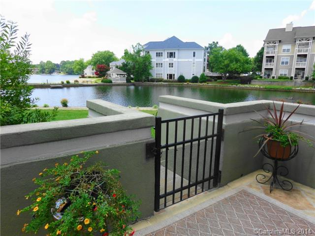 3020603 Lake Norman Waterfront Condos