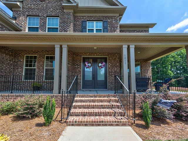 1011 Lake Forest Drive, Matthews, NC 28104, MLS # 3401503