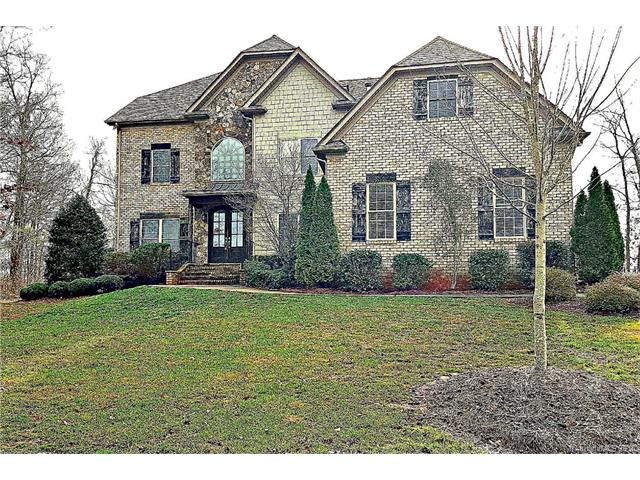 photo of home for sale at 2718 Old Course Road