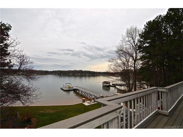 photo of home for sale at 20117 Riverchase Drive