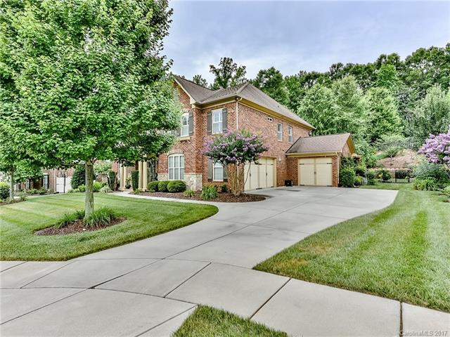photo of home for sale at 2747 Disney Place