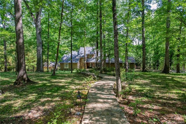 10537 Steele Trace Court, Charlotte, NC 28278, MLS # 3479368