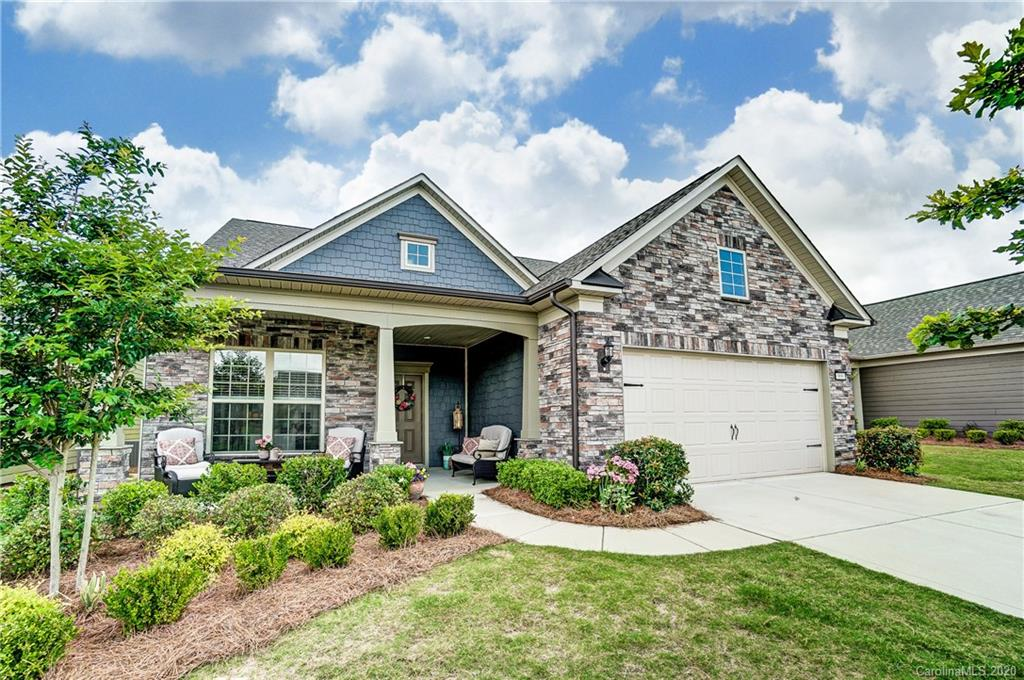 photo of home for sale at 968 Kirby Drive