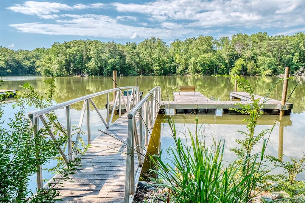 photo of home for sale at 25492 Seagull Drive