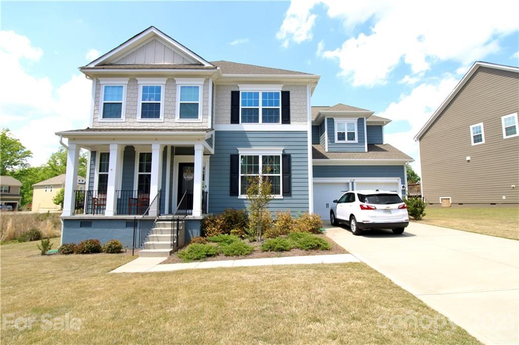 photo of home for sale at 274 Sweet Briar Drive