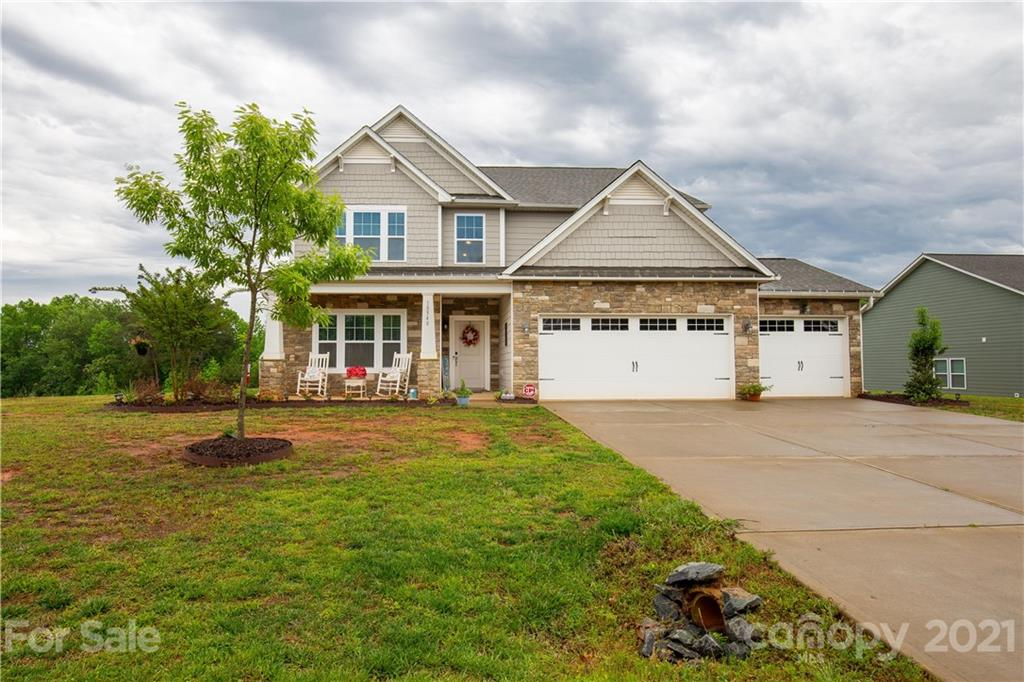 photo of home for sale at 18548 Mainsail Court