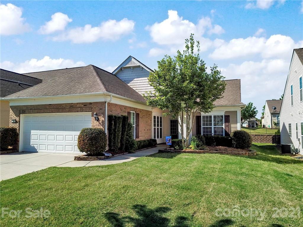 photo of home for sale at 2067 Hartwell Lane