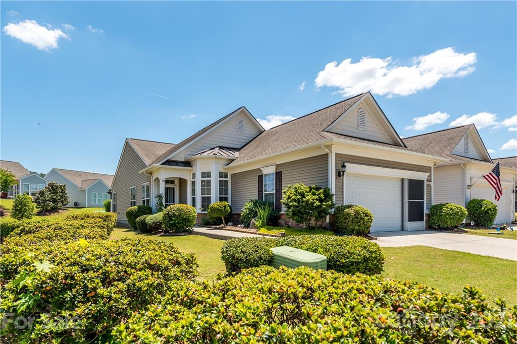 photo of home for sale at 3100 Azalea Drive