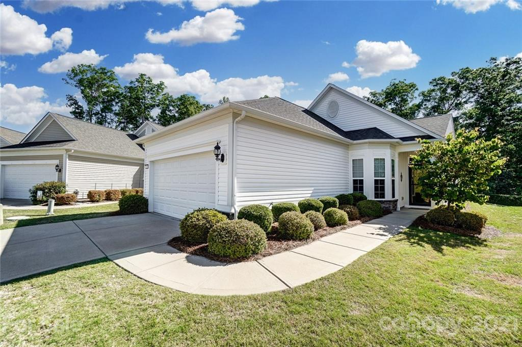 photo of home for sale at 23064 Whimbrel Circle