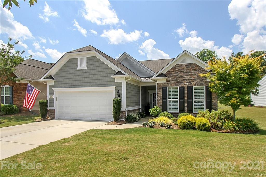 photo of home for sale at 2083 Kennedy Drive