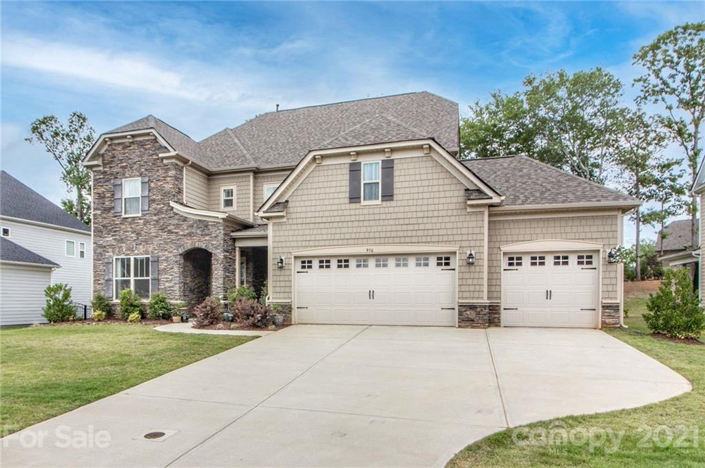 photo of home for sale at 936 Gabriel Jon Place