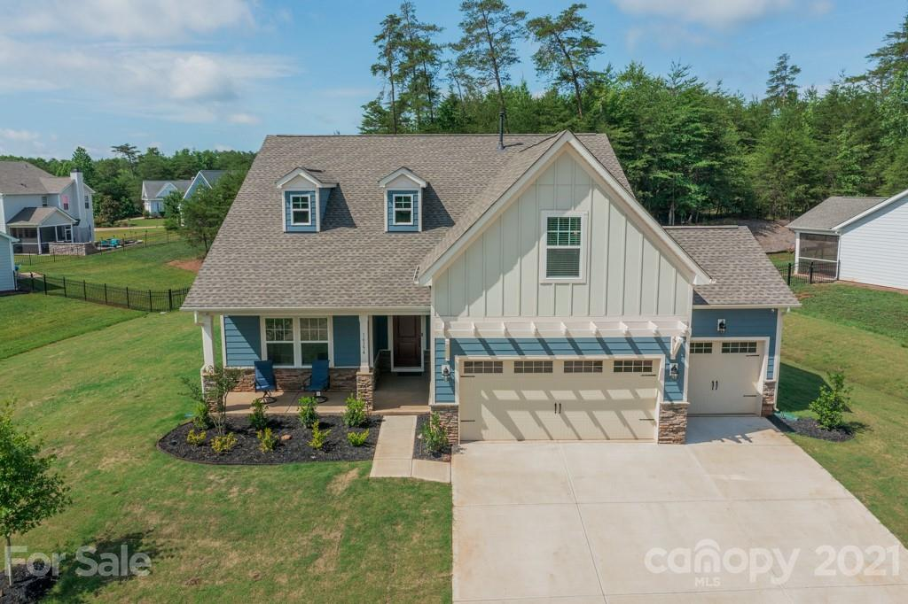 photo of home for sale at 16154 Commodore Drive