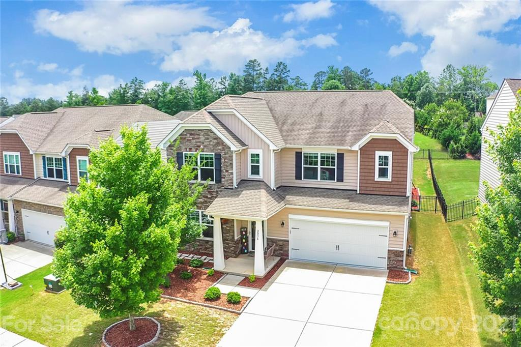photo of home for sale at 2036 Newport Drive