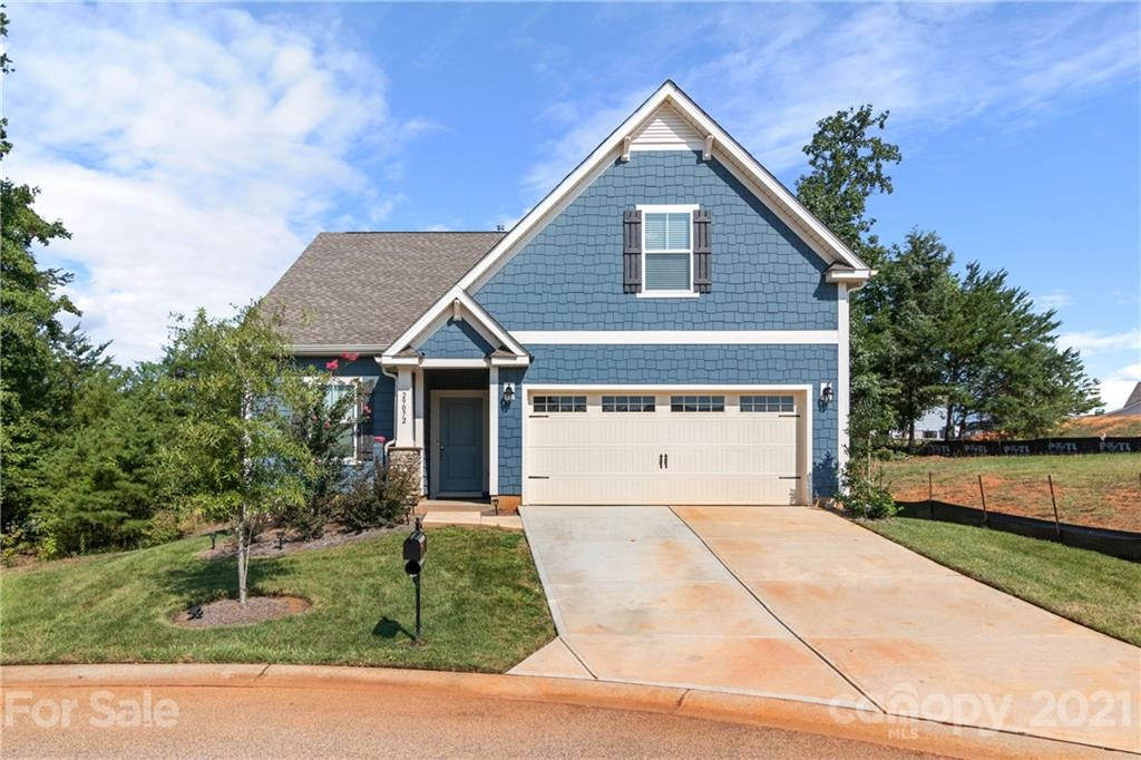 photo of home for sale at 29072 Low Country Lane