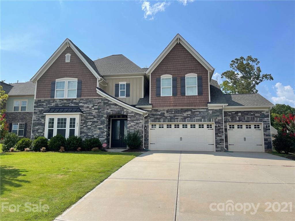 photo of home for sale at 861 Kathy Dianne Drive