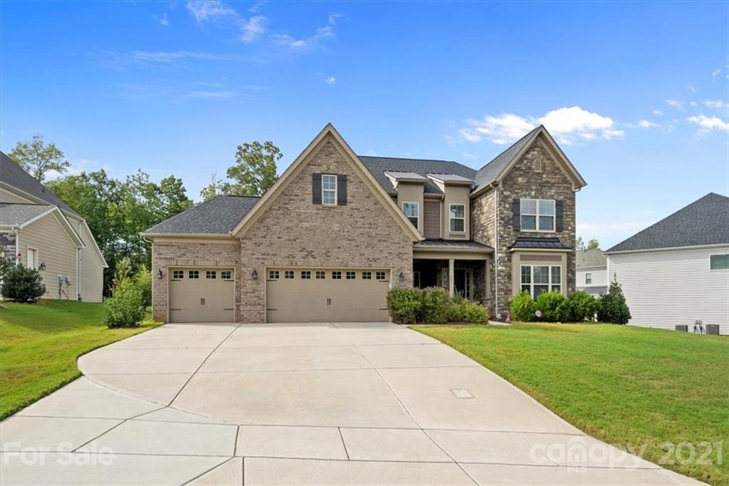 photo of home for sale at 865 Kathy Dianne Drive