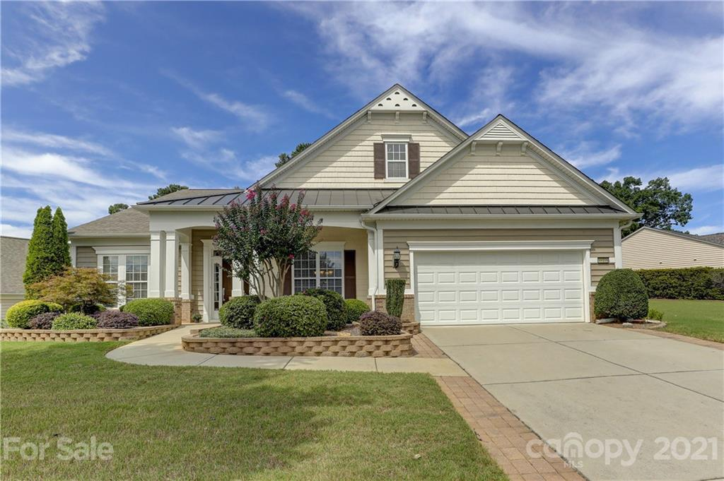 photo of home for sale at 49108 Gladiolus Street