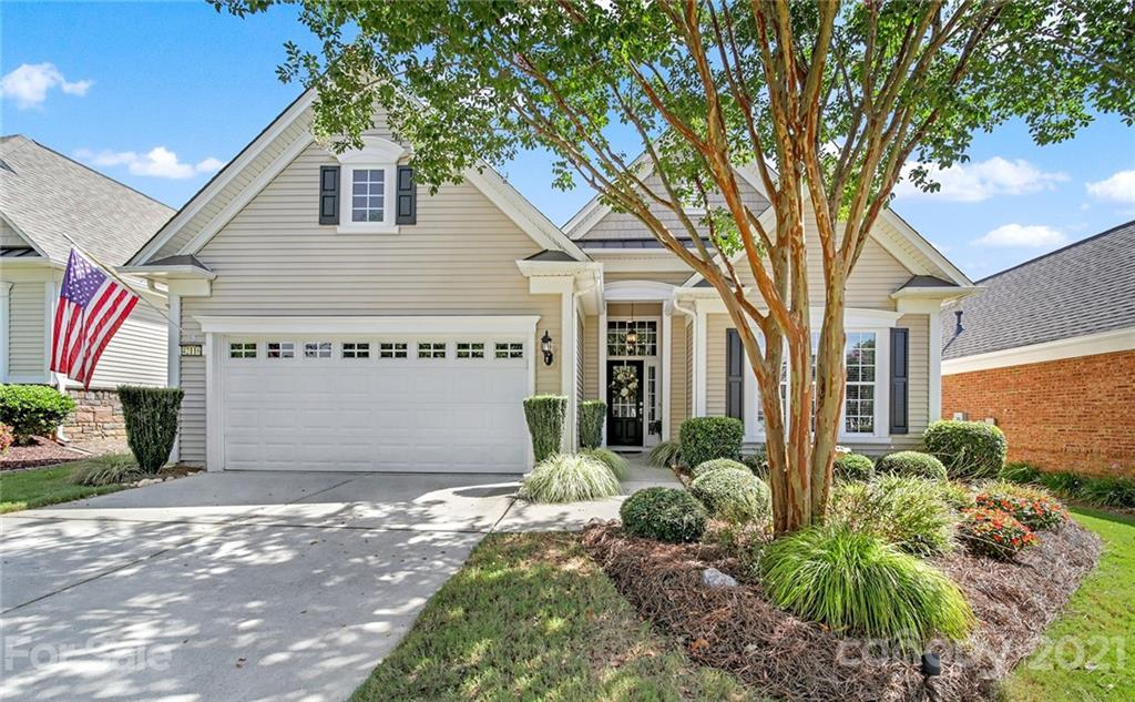 photo of home for sale at 42116 Larkspur Court