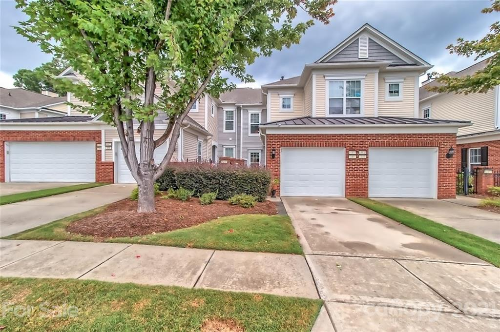 photo of home for sale at 44455 Oriole Drive